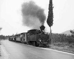 Το τρενάκι του Πηλίου το 1955... Φωτογράφος Τάκης Τλούπας