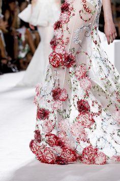 notordinaryfashion: suchaprettyworld: Giambattista Valli Autumn/Winter 2013-2014 Haute Couture details. Beautiful