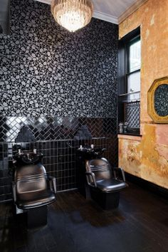 CurlsUnderstood.com: Black leather backwash with raw wall at Grateful Head Salon, Toronto