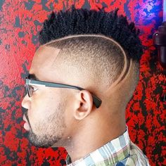 21 Fresh Haircuts for Black Men http://www.menshairstyletrends.com/21-fresh-haircuts-for-black-men/