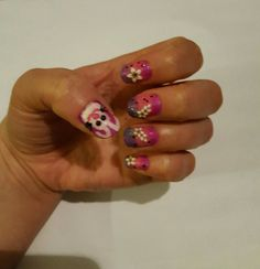 Nail art: triple colors, flowers, and an Easter bunny!🐰