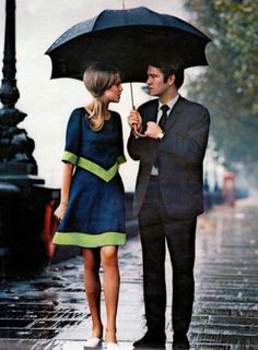 Vintage Style #60s http://1960sfashionstyle.com/60s-hippie-fashion-how-to-dress-like-a-sixties-hippie-girl/