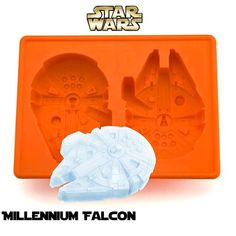From a galaxy far, far away this Kotobukiya silicon Millennium Falcon ice tray comes blasting in from Hyperspace. Create Ice, Jello, Chocolate, cookies, etc in the shape of the Millennium Falcon. T.