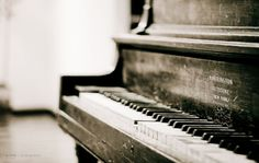rain makes me wish I could just sit at the piano all day long and play....