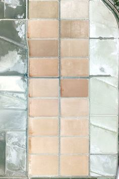 Palette: salt flats, Spain