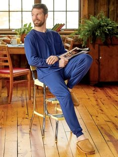 Our cotton knit ski pajamas for men are softer and more durable than ever. These breathable jersey knit pjs come with a top and elastic waist bottoms. Photography Poses For Men, Pajamas, Pjs, Bell Bottom Jeans, Lounge Wear, Skiing, Cute Outfits, Menswear, Photoshoot