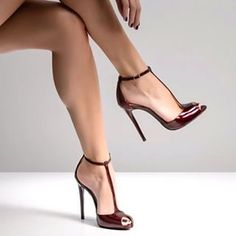 Great legs and stylish heels - Stiletto Shoes T Strap Pumps, Pumps Heels, Stiletto Heels, Heeled Sandals, Work Heels, Peep Toe Heels, Leather Sandals, Strap Sandals, Flats