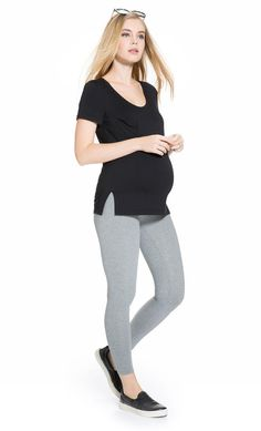 Enter to win over $500 in Maternity clothing from Mayarya!