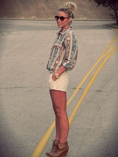 "Mary of ""Happily Grey"" wearing UO's top and sunglasses #urbanoutfitters @Mary Lawless Seng"