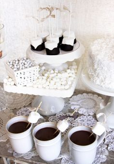 Spring is just around the corner friends, but before we say goodbye to winter I couldn't resist sharing this vintage winter white sweets ta. Winter Party Themes, White Desserts, All White Party, Hot Cocoa Bar, Winter Wonderland Party, Vintage Winter, Winter White, High Tea, Sweets