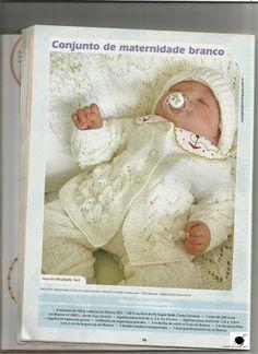 RECEITA TRICÔ FÁCIL Bebê Saída De Maternidade Conjunto Branco Em Tricô Tamanho: recém nascido Bebê Saída De Maternidade-... Baby Knitting, Crochet Baby, Knit Crochet, Red Blouses, Blouses For Women, Baby Patterns, Teddy Bear, Toys, Animals