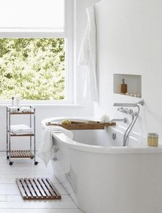 White bathroom with wooden accessories - Decoration suggestions - House interior ideas - #decor #house.