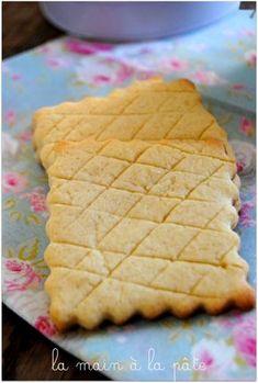 sablés au miel Biscuit Cookies, Flan, Fudge, Cookie Recipes, Waffles, Bread, Baking, Breakfast, Foodies