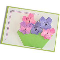 Pansy. Design Jannie van Schuylenburg. This model is in my book: Slinger je wens op de post / Send a garland full of wishes.