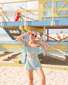 Here's a round up of everything I wore while visiting Miami and South Beach. These are perfect for a spring and summer trip. South Beach, Miami Beach, Italian Summer, Spring Fashion, Orlando Florida, Rompers, Fashion Bloggers, Fashion Trends, Glamour