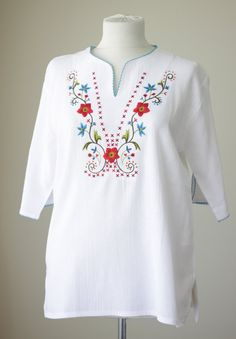 White cotton blouse for women Cotton shirt Boho by soStyle on Etsy Embroidery Neck Designs, Floral Embroidery Patterns, Embroidery Fashion, Embroidery Dress, Embroidery Stitches, Kurta Designs, Blouse Designs, White Cotton Blouse, Boho Tops