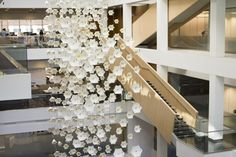 Mesmerising kinetic sculpture that mimics the movement of a flock of birds   Creative Boom