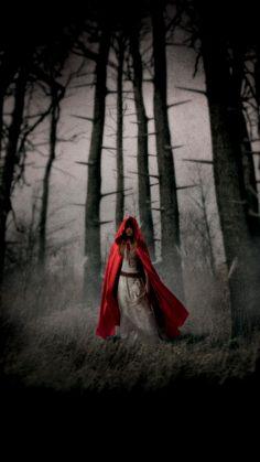 Red Riding Hood (2011) Phone Wallpaper | Moviemania