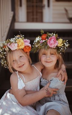 Elsie and Myla VonBlanckensee photo by Tessa Cheetham #flowers #flowercrowns #colours #photography #photoshoot #photos #portrait #afternoon #outdoors #nature #smiling