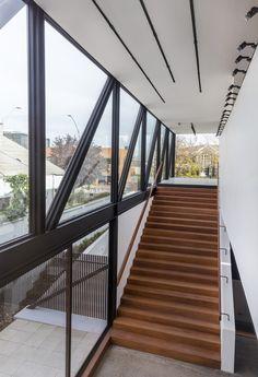 Rey Vitacura / CARREÑO SARTORI arquitectos