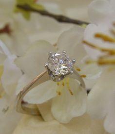 Ein Traum von Ring! -Weißgold Ring 750 Gold -1,255ct Brillant TCR-P1 -RW 61