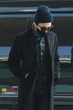 G-Dragon   Incheon Airport 150327