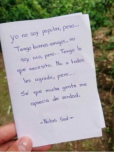 Yo no soy popular Quotes En Espanol, Cute Quotes, Strong Women, Relationship Goals, Relationships, Meant To Be, Poetry, Cards Against Humanity, Personalized Items