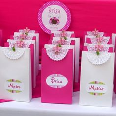 Diy Party, Party Favors, Diy And Crafts, Paper Crafts, Disney Princess Party, Ideas Para Fiestas, Holidays And Events, Gift Bags, Birthday Parties