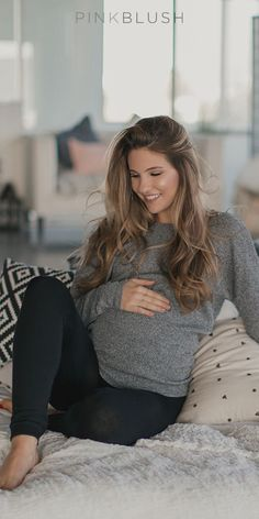 Whether you are working out, staying in, or dressing up, these fleece maternity leggings are the perfect fit for your lifestyle. The fleece lining is great to keep you warm while the mid-belly elasticity of the band maintains comfort. We'll take one in every color, please.