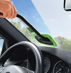 Foldable Pivoting Windshield Wiper Glass Cleaner Brush