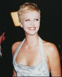 Charlize Theron is a goddess of pixie hairstyles! So we have rounded up best images of Charlize Theron Pixie Haircut for you to get inspired by her fabulous Short Pixie Haircuts, Cute Hairstyles For Short Hair, Short Hair Cuts For Women, Pixie Hairstyles, Curly Hair Styles, Short Cuts, Casual Hairstyles, Medium Hairstyles, Braided Hairstyles