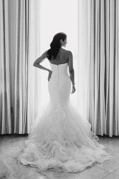 Bride Wearing A Vera Wang Mermaid Gown>>>>
