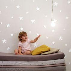 Image of מדבקות קיר כוכבים לבנים גדולים || large white stars wallstickers