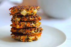 Sprøde linsedeller med gulerødder og feta