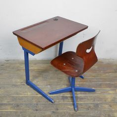 vintage kl ber polstergleich schreibtisch stuhl holz. Black Bedroom Furniture Sets. Home Design Ideas
