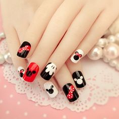 New Arrival 24 pcs Mickey Mouse Pattern Fake Nails Short Ova Black White Cartoon Nail Tips with Design in box for Christmas Gift. #Arrival #Mickey #Mouse #Pattern #Fake #Nails #Short #Black #White #Cartoon #Nail #Tips