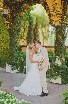 Wedding photos at the Omni Montelucia