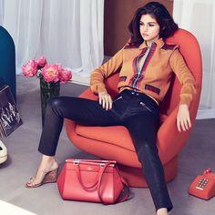 Selena Gomez estará este 13 de septiembre en Nueva York donde será el lanzamiento de la campaña de Coach. Donde también puedes participar y ganar una bolsa diseñada por Selena y la oportunidad de conocerla. http://mx.coach.com #fashion #style #stylish #love #me #cute #photooftheday #nails #hair #beauty #beautiful #design #model #dress #shoes #heels #styles #outfit #purse #jewelry #shopping #glam #cheerfriends #bestfriends #cheer #friends #indianapolis #cheerleader #allstarcheer #cheercomp…