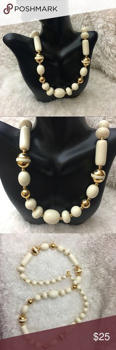 🎈 Vintage Trifari Gold And Cream Beaded Necklace Vintage gold cream bold beautiful necklace. In excellent condition. Would make a gorgeous gift 🎁 28 inches long. Trifari Jewelry Necklaces