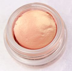 MAC Paint-pot Rubenesque - wishlist- betting that this little number would look like a million bucks on