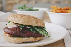 beet: veggie burgers, falafel and the best chips ('Fritten') in town