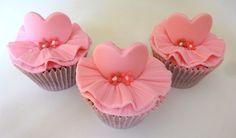 Cupcake Bailarina - Conqualita Cestas - Para fazer pedidos ou mais informações por e-mail conqualita@conqualita.com.br ou fone (51) 3356.1422