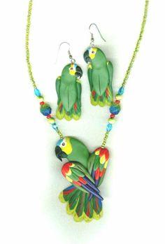 Loros reales en arcilla polimerica, masa flexible - Tiger Bead Store Blog: Bird Jewelry by Dawn