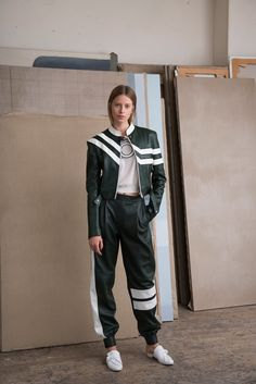 See the complete Each x Other Resort 2017 collection.