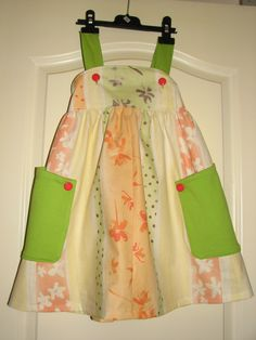 Lillepige kjole