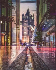 Stunning London's Street Instagrams by Nige Levanterman