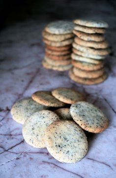 Use four packets of Simple Truth Organic  Earl Grey tea in these rich and buttery Earl Grey #Shortbread Cookies.
