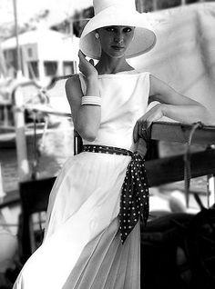 fashion 1956-57 Quel chapeau ! La classe