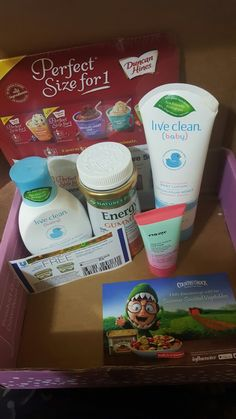 I just got my Darling Voxbox in for free! I am loving the energy gummies, and the Live Clean shampoo and lotion. Smells like baby powder!