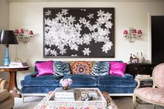 Browse exclusive Blue & Pink Room Ideas photos to make your house a home at Domino. Decorate your space with inspiring interior designed rooms, styles and colors. Interior Design Inspiration, Home Interior Design, Color Interior, Design Ideas, Design Trends, Living Room Decor, Living Spaces, Style Retro, Vintage Style